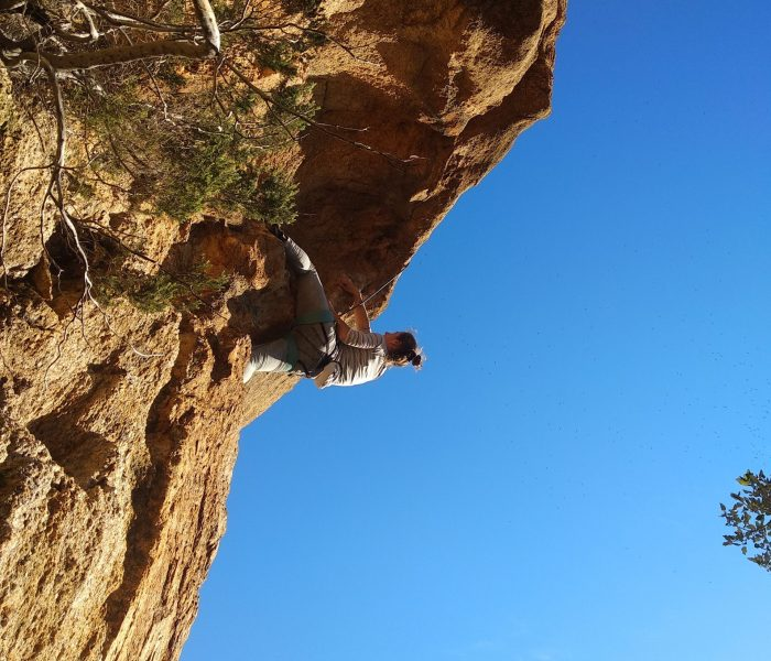 Climbing in Solius – Excellent quality granite